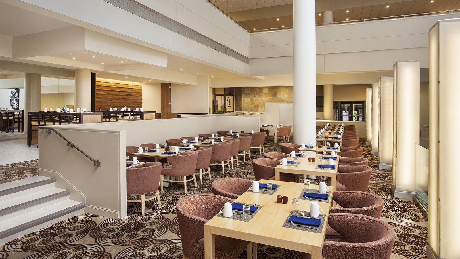 Restaurants in downtown philadelphia pa sheraton for Hotel the terrace